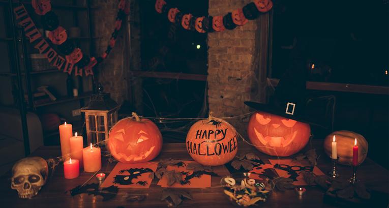 Dekoracje domu na Halloween, czyli wystrój mrożący krew w żyłach!