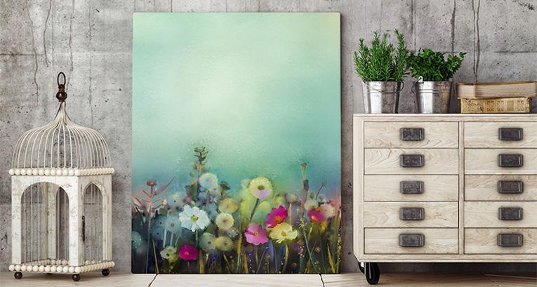 Obrazy z kwiatami – uniwersalna dekoracja mieszkania