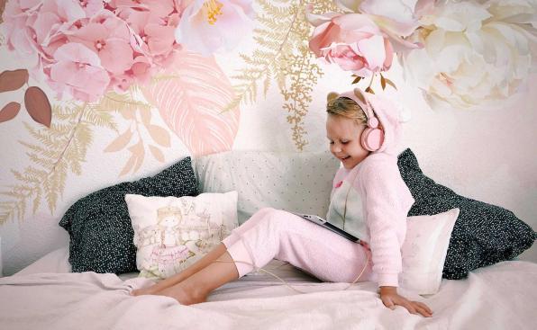Fototapeta dla dziewczynki – kwiatowy wzór