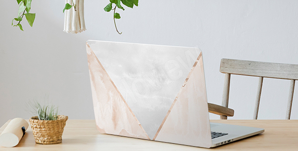 Minimalistyczna naklejka na laptopa