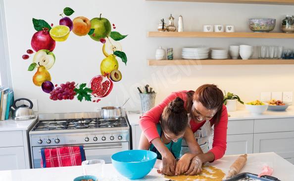 Naklejka do kuchni wianek z owoców