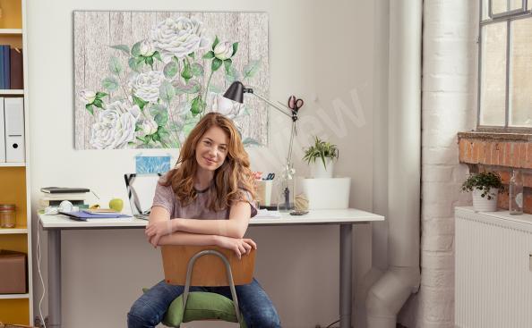 Obraz białe kwiaty na deskach