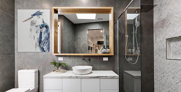 Obraz z czaplą do łazienki