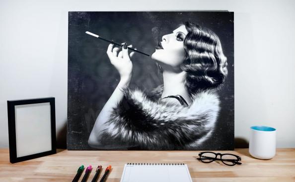 Plakat retro z kobietą