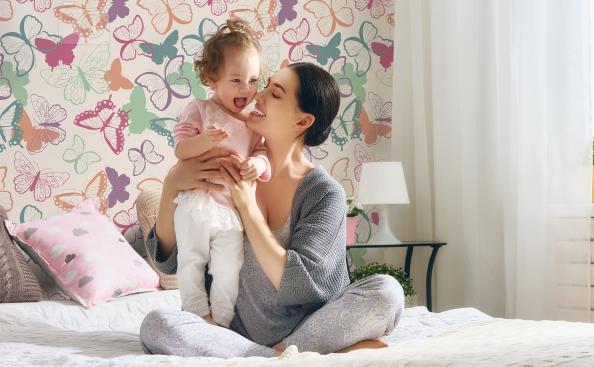 Tapeta kolorowe motyle do pokoju dziecka