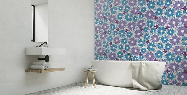 Tapeta motyle i kwiaty do łazienki